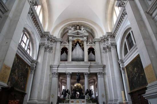 サン・ジョルジョ・マッジョーレ教会のオルガン