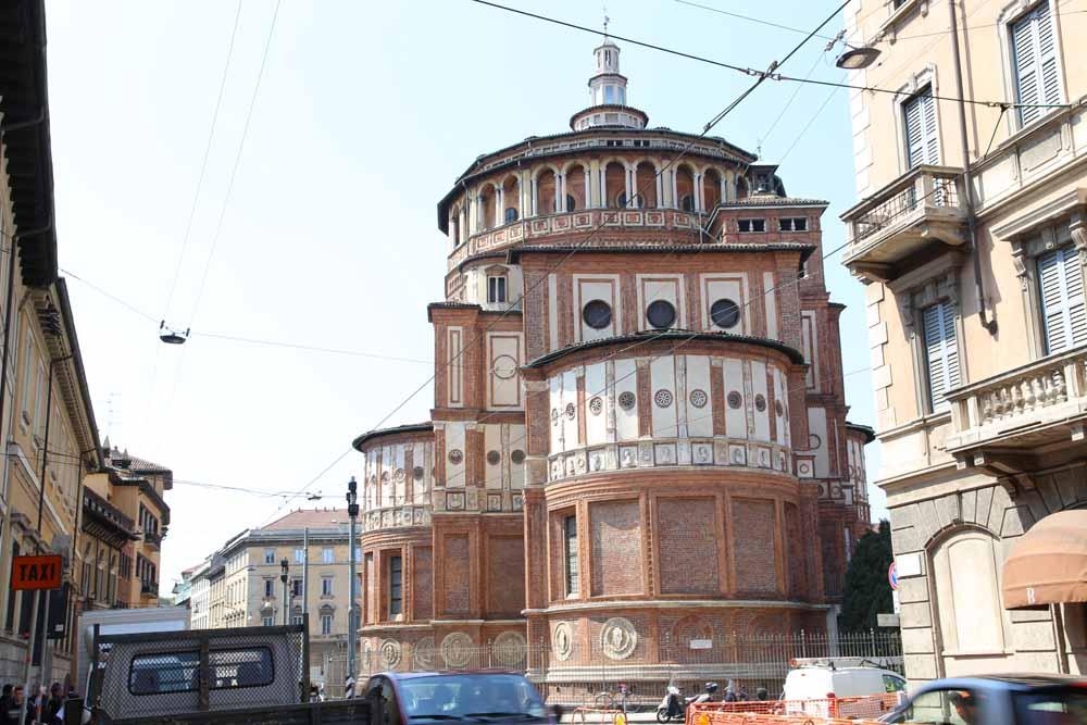 サンタ マリア デッレ グラッツェ 教会