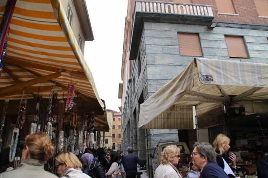 クレモナ街中Piazza Stradivari Gia Piazza Cavour